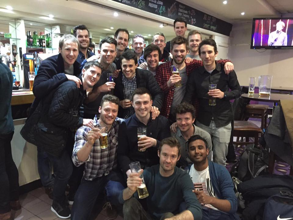 The 3s miss out on the league title when Wickham equalise in the dying seconds... beer anyone?